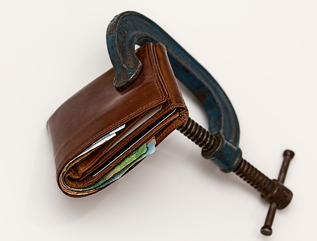 svěrák na peněžence